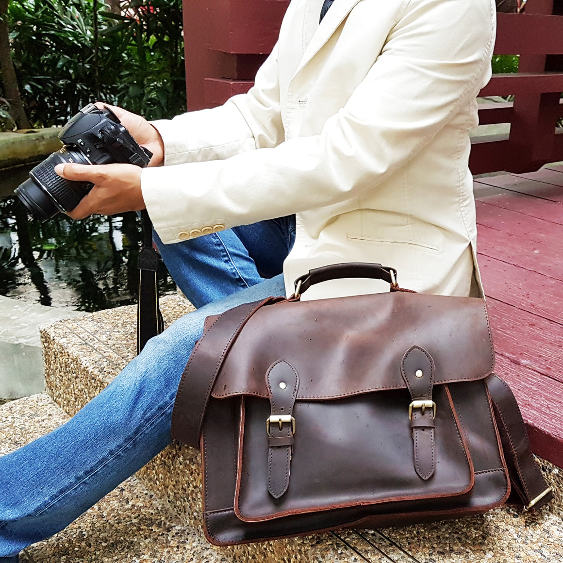 Alpha Leather DSLR Camera Bag