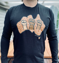 Load image into Gallery viewer, UNISEX - Power of Solidarity 100% Organic Long Sleeve Tee