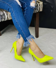 "Load image into Gallery viewer, ""Dixie"" Snake Skin Embossed Pointed Pumps - Neon Yellow"