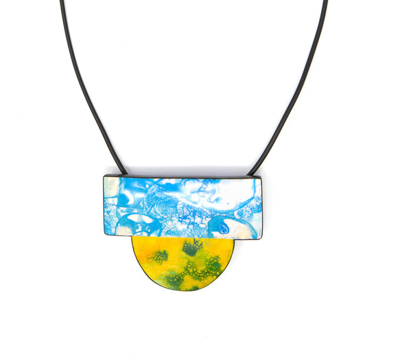Contemporary Urban Fashion Necklace