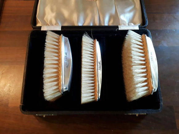 Art Deco Birmingham Silver Clothes Brushes in Orignal Box, Art Deco, Steampunk, Gentlemen, Sterling Silver, Grooming, Man's birthday, Gents, - The Biscuit Marketplace