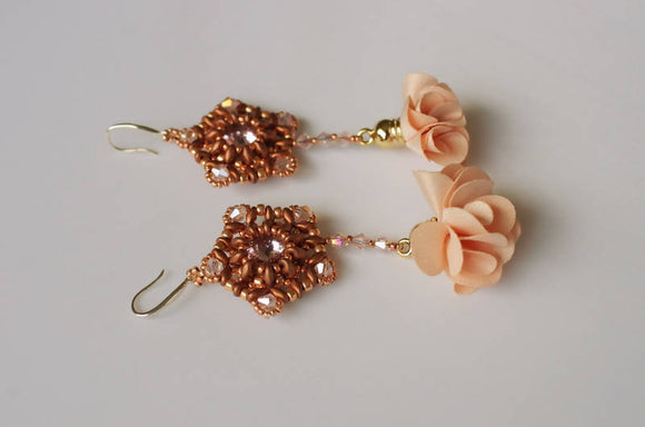 Creamy Pink Flower earrings - The Biscuit Marketplace