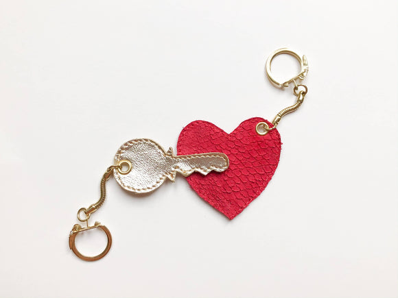 Couples keyring, Valentine's Day gift - The Biscuit Marketplace