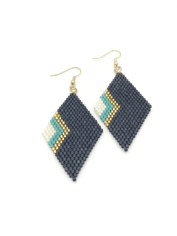 Elegant Grey Geometric Earrings