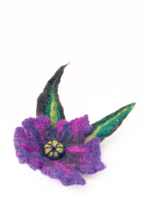 Felt Brooch Flower Leaves - The Biscuit Marketplace