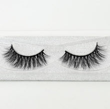 Load image into Gallery viewer, Mink Lashes - Veroniques Collection