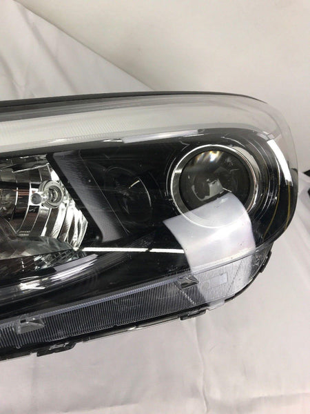 HYUNDAI TUCSON HEADLIGHT HALOGEN SINGLE PROJECTOR LEFT OEM 16 17 2016 2017.  B9