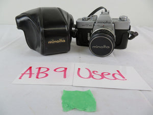 Minolta SRT-101 SLR 35mm Film CLC Camera with Lens, Case Vintage