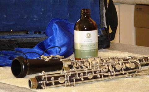 oiling oboe