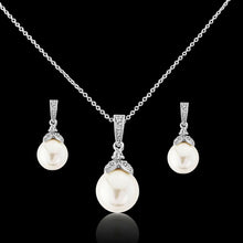 Load image into Gallery viewer, Precious Pearl Necklace & Earrings Set