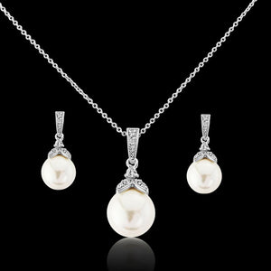 Precious Pearl Necklace & Earrings Set