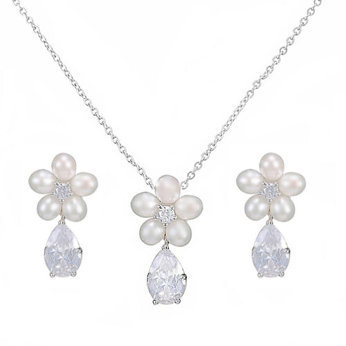 Glitzy Freshwater Pearl Floral Silver Necklace & Earring Set