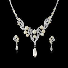Load image into Gallery viewer, Luxe Pearl Necklace & Earrings Set