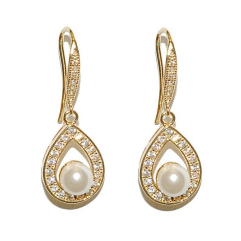 Precious Pearl Bridal Earrings In Gold