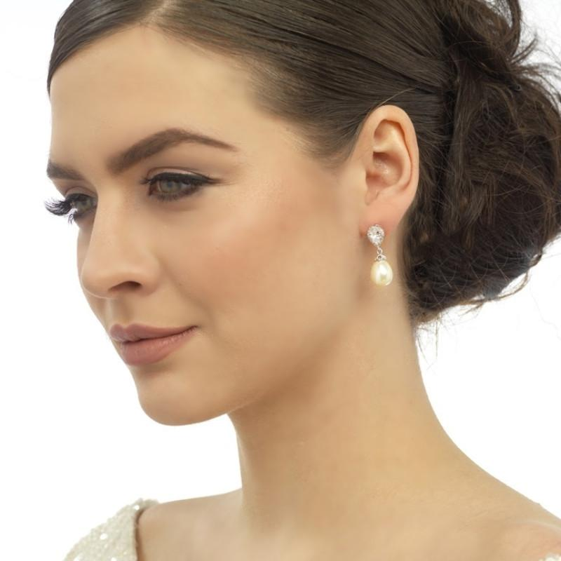 Precious Shimmer & Pearl Bridal Earrings In Rose Gold