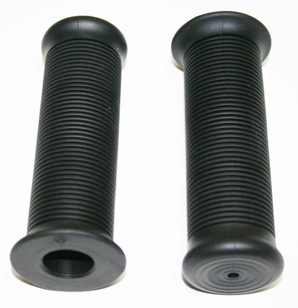 "Black Slotted Style 7/8"" Grip Set - Goldwingparts.com"