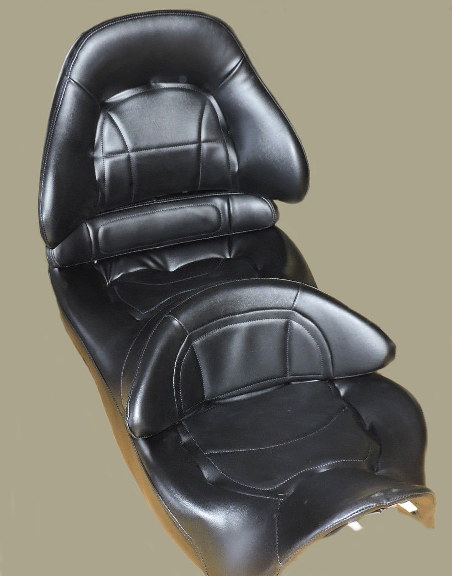 Black Seat Cover GL1800 2001-17 - Goldwingparts.com