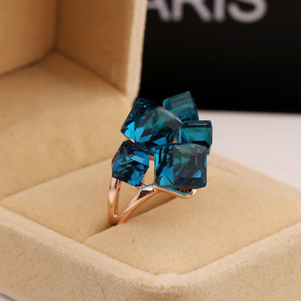 Crystal Inlaid Sweet Alloy Gift Rings