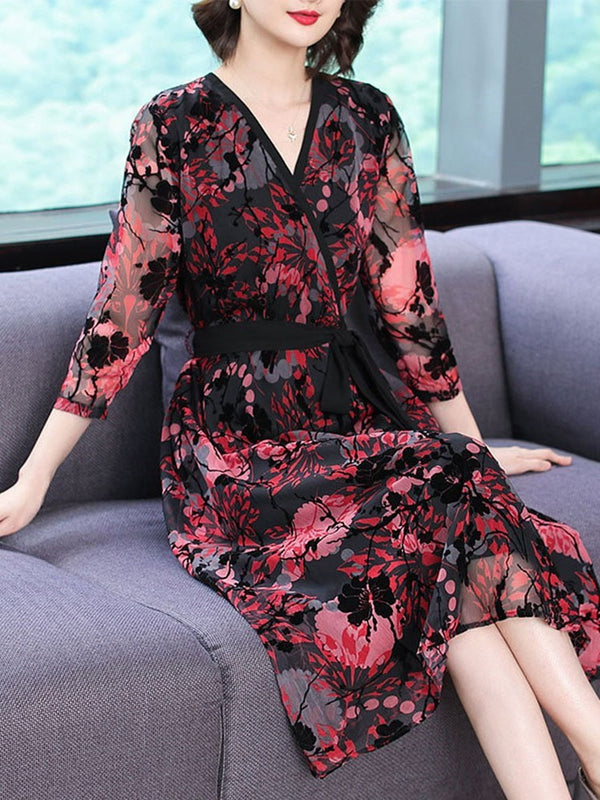Mid-Calf V-Neck Three-Quarter Sleeve Floral Sweet Dress