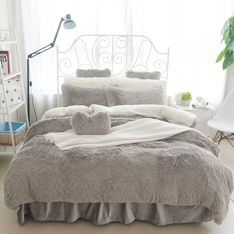 Fluffy Solid White e White Color Blocking Set di biancheria da letto 4 / Copripiumino