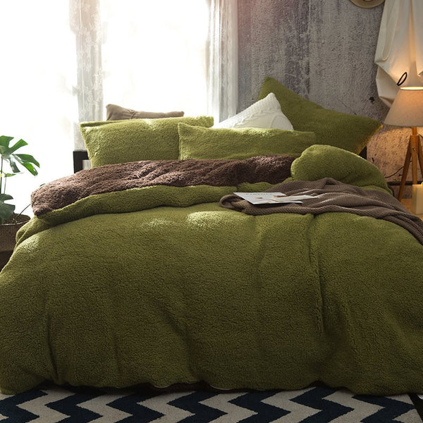 Solid Green and Coffee Reversible Polyester Faux Sherpa 4-Piece Bedding Sets/Duvet Cover