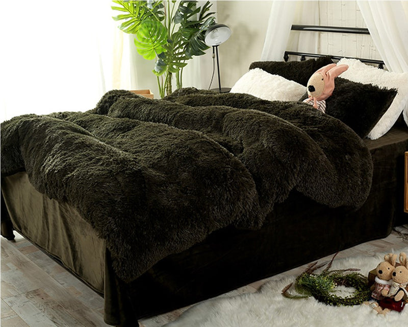 Full Size Blackish Green Super Soft Plush 4-Piece Fluffy Bedding Set / Copripiumino