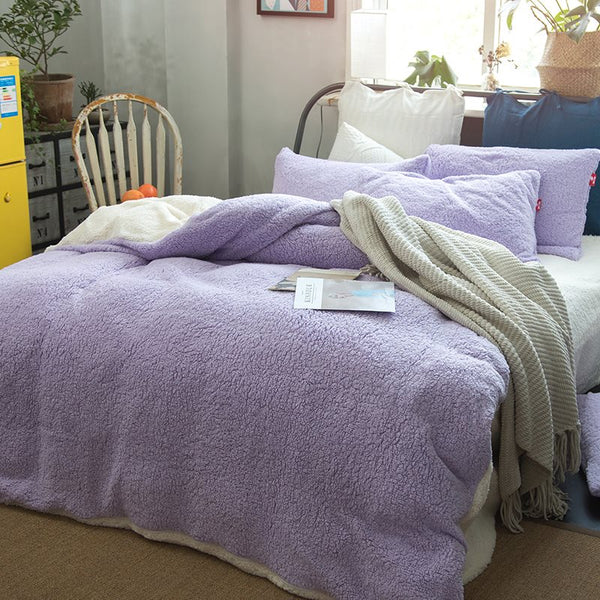 Solid Violet and White Reversible Polyester Faux Sherpa 4-Piece Bedding Sets/Duvet Cover
