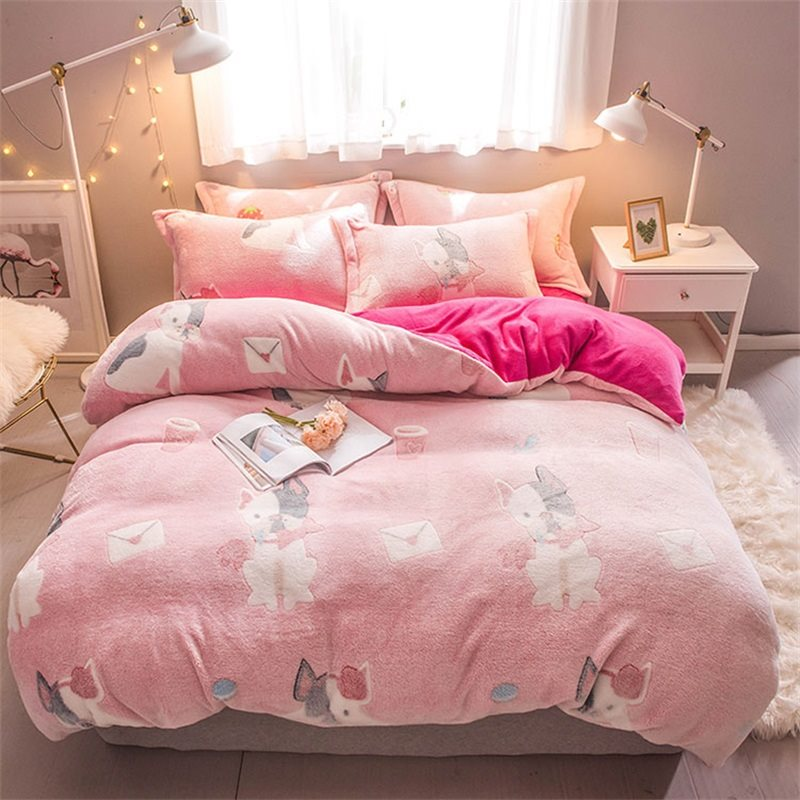 Pink Dog Reversible Flannel Warm Kids 4-Piece Fluffy Set di biancheria da letto / Copripiumini