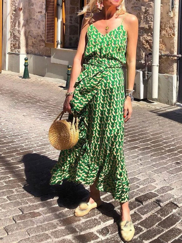 Print Sleeveless V-Neck Travel Look Expansion Dress