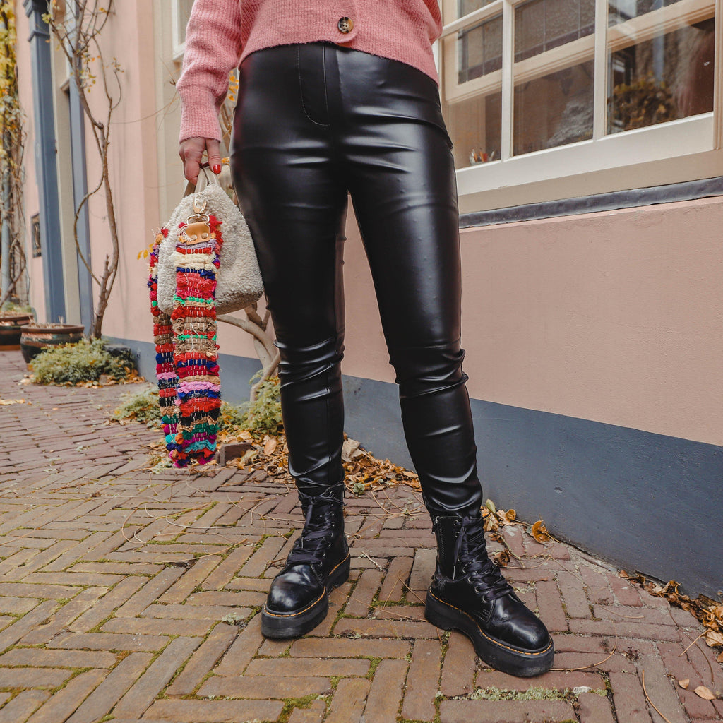 Muffi leather look pants