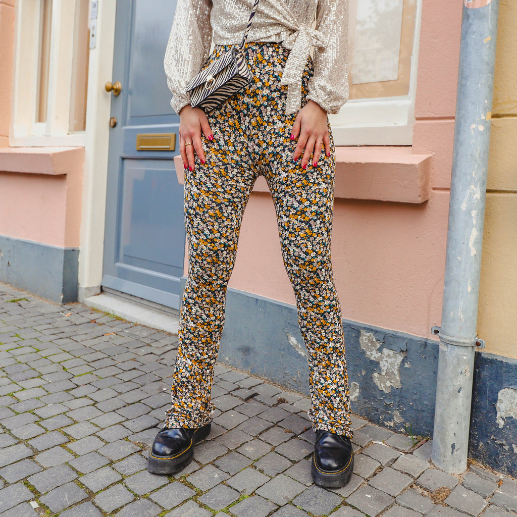 Soft flared legging bloemenprint