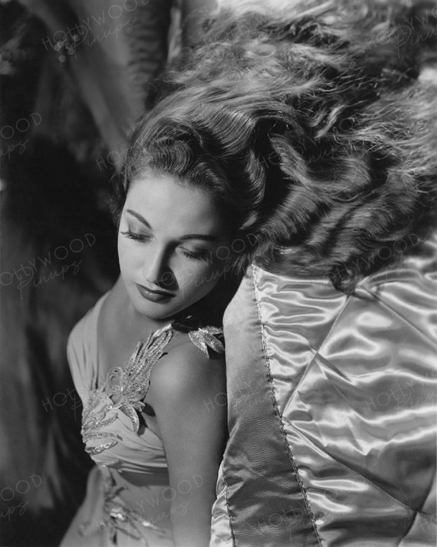 Dorothy Lamour Sleeping Beauty 1942 | Hollywood Pinups | Film Star Colour and B&W Prints