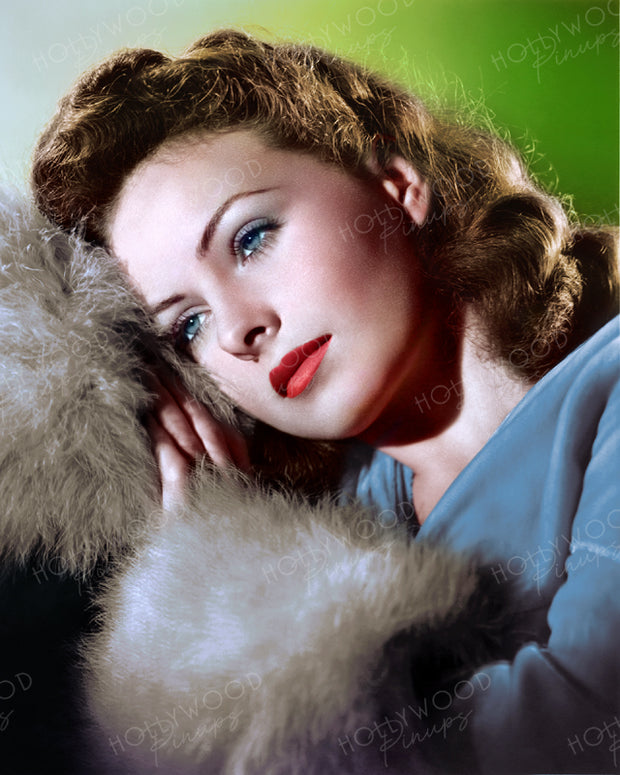 Jeanne Crain Dreamy Gaze 1945 | Hollywood Pinups | Film Star Colour and B&W Prints
