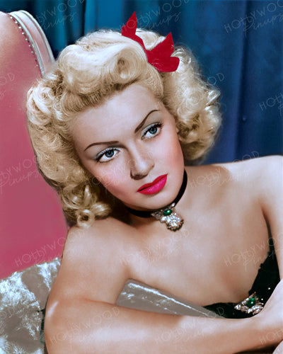 Lana Turner Dazzling Diva 1945 | Hollywood Pinups | Film Star Colour and B&W Prints