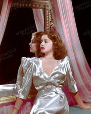 Lana Turner Mirror Belle 1939 | Hollywood Pinups | Film Star Colour and B&W Prints