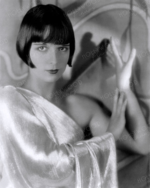 Louise Brooks Shimmering Star 1929 | Hollywood Pinups | Film Star Colour and B&W Prints