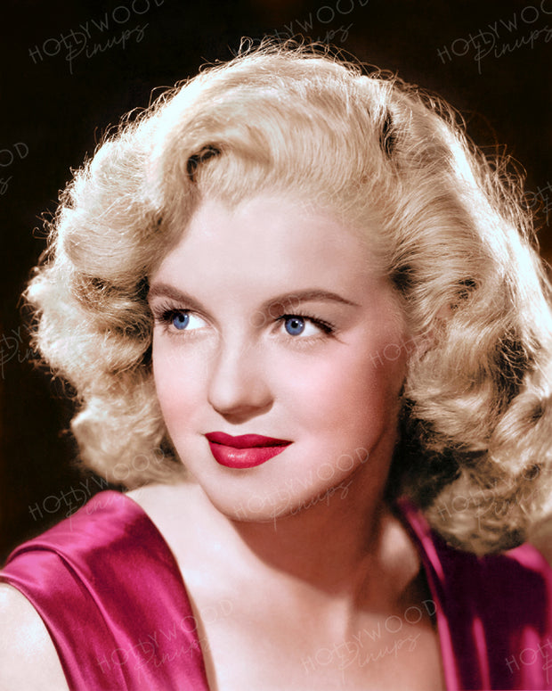 Marilyn Monroe Young Starlet 1947 | Hollywood Pinups | Film Star Colour and B&W Prints