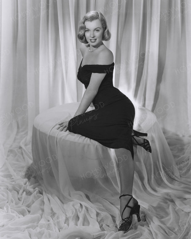 Marilyn Monroe in THE ASPHALT JUNGLE 1950 | Hollywood Pinups | Film Star Colour and B&W Prints