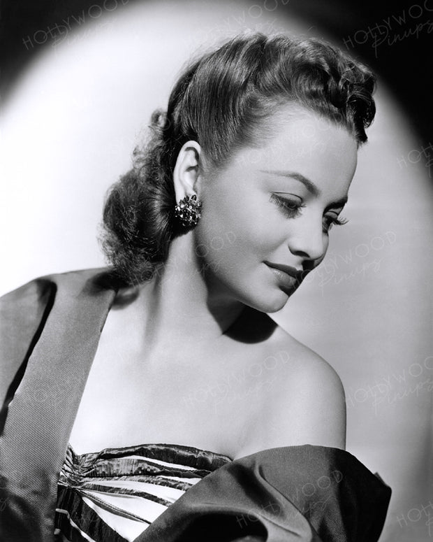 Olivia de Havilland Blue Satin 1945 | Hollywood Pinups | Film Star Colour and B&W Prints