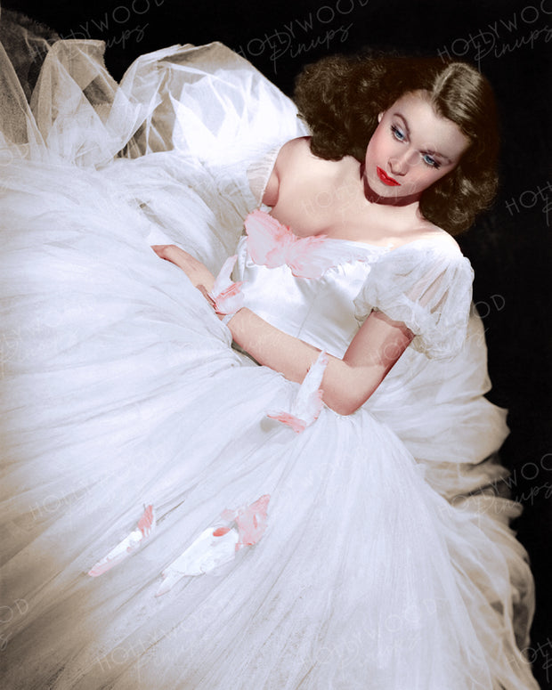 Vivien Leigh in WATERLOO BRIDGE 1940 | Hollywood Pinups | Film Star Colour and B&W Prints