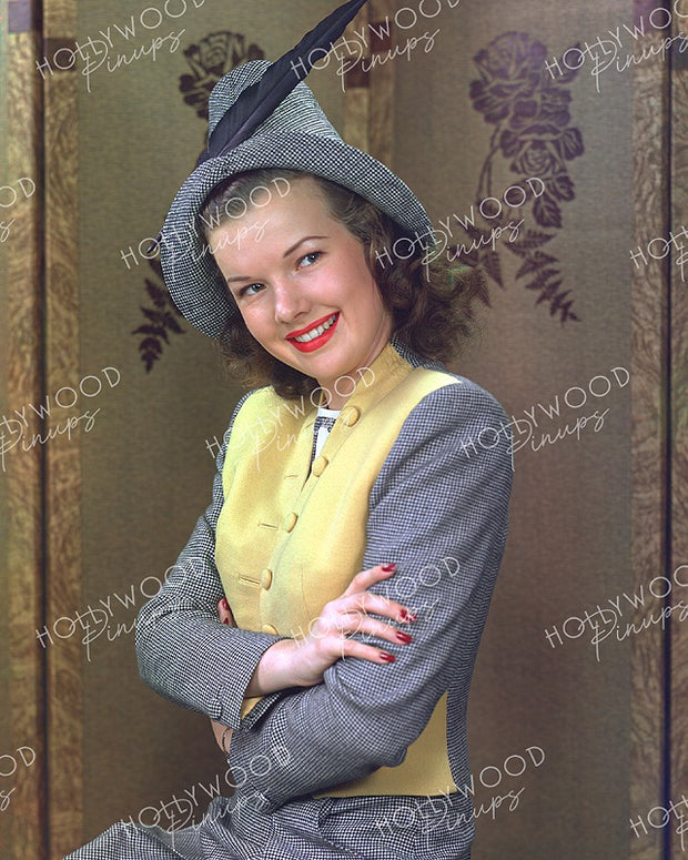 Gale Storm Chic Costume 1945 - NEW ! | Hollywood Pinups | Film Star Colour and B&W Prints