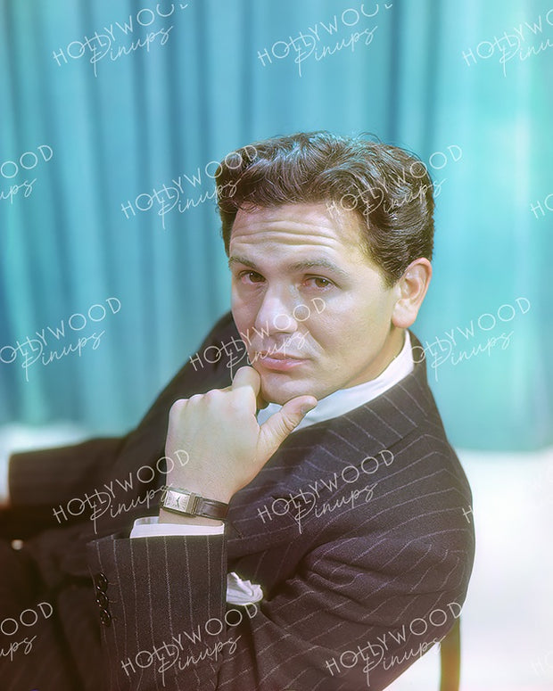John Garfield Stylish Suit 1939 | Hollywood Pinups Color Prints