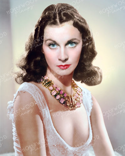Vivien Leigh Dazzling Necklace 1941 | Hollywood Pinups | Film Star Colour and B&W Prints