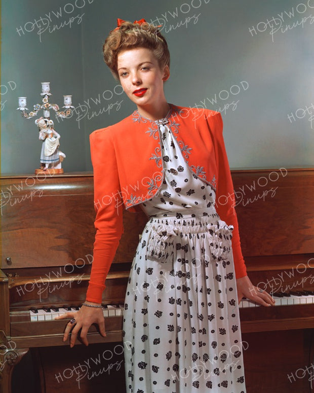 Ida Lupino Home Piano 1940 - NEW ! | Hollywood Pinups | Film Star Colour and B&W Prints