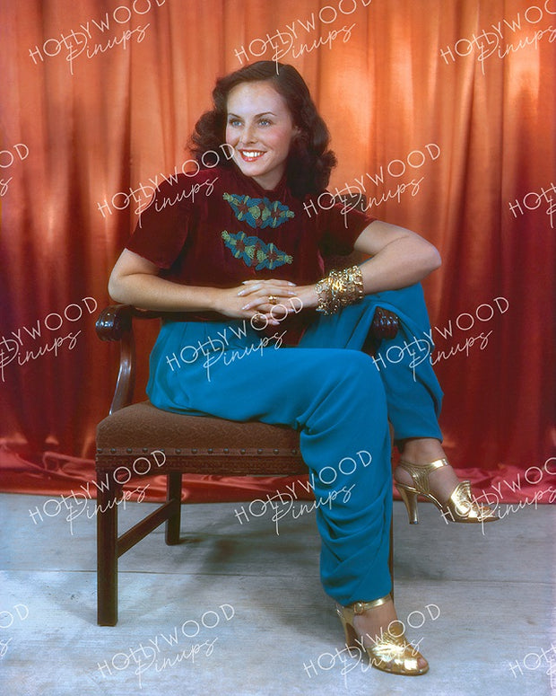 Paulette Goddard Golden Heels 1936 - NEW ! | Hollywood Pinups | Film Star Colour and B&W Prints