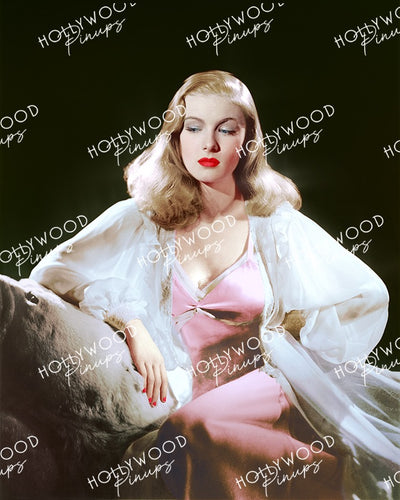 Veronica Lake Luminous Glamour 1940 | Hollywood Pinups Color Prints