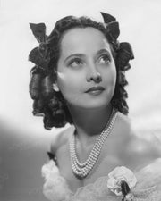 Merle Oberon in WUTHERING HEIGHTS 1939 | Hollywood Pinups | Film Star Colour and B&W Prints