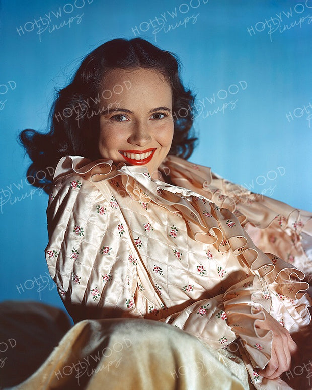 Teresa Wright Radiant Beauty 1943 KODACHROME | Hollywood Pinups | Film Star Colour and B&W Prints