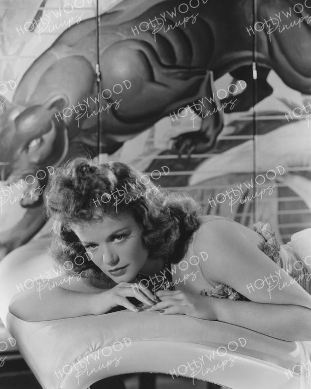 Simone Simon in CAT PEOPLE 1942 - NEW ! | Hollywood Pinups | Film Star Colour and B&W Prints