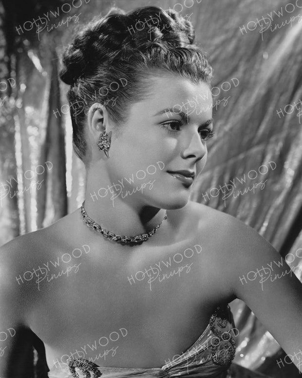 Barbara Hale in LADY LUCK 1946 - NEW ! | Hollywood Pinups | Film Star Colour and B&W Prints
